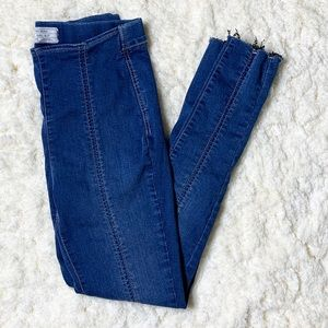 Free People Skinny Jegging Jeans